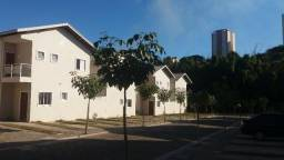 Casa em Condomínio Fechado! Zona Sul de SJC!