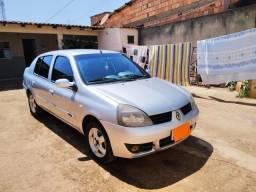 Clio sedan 1.6 Privilege HiFlex 2006 baixa quilometragem! - 2006