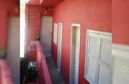 Quarto c/ banheiro próx. Centro Petrópolis