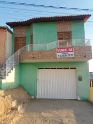 Casa com garagem top!!!