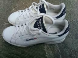 Vendo tênis Reebok original tamanho 40