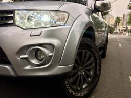 Pajero Dakar 3.2 Diesel Aut 4X4 Prata Blindada 7 Lugares !!! - 2015