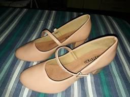 Sapato tamanho 38