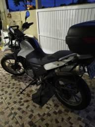 Vendo moto BMW ano 12