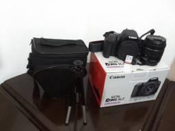 Kit Câmera Canon EOS Rebel Sl2 com lente 18-55mm + SD 32gb + case + tripé 1 mês de uso