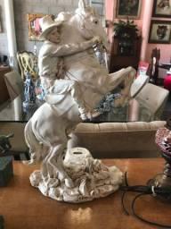 Escultura em Resina