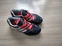 Tênis Adidas usado 42