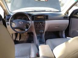 Impecável Toyota Corolla 2006 automático