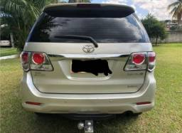 Toyota Hilux SW4 3.0 SRV 4X4 7 lugares 16V turbo intercoole diesel 4P automático