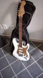 Guitarra Squier stratocaster bullet com Captadores Fender 1954