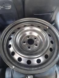 Vendo  roda 5 furos Corolla