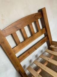 Título do anúncio: Cama de madeira nova
