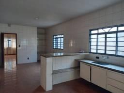 Título do anúncio: Casa para aluguel no bairro Banzato - Marília - SP