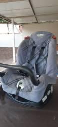 Título do anúncio: Vendo cadeira para transportar crianças em carro