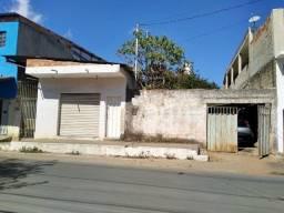 """Título do anúncio: Sérgio Corretor - Vende - """"Casa e loja em local comercial no bairro Vila José Fagundes"""""""