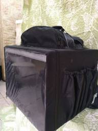 Título do anúncio: Bag preta nova