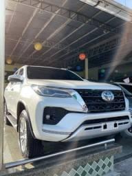 Título do anúncio: Nova Toyota Hilux SW4 SRX 2.8 7L 2021