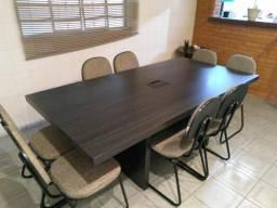 Mesa de reunião e 8 cadeiras. vendo separado