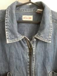 Duas jaquetas jeans GAP e GUESS apenas 69,00 às duas