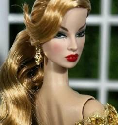Boneca Fashion Royalith Eugênia Perrine nua