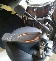 Pedal simples RMV para bateria