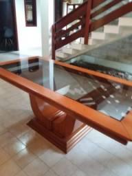 Mesa se madeira e vidro em CRICIÚMA