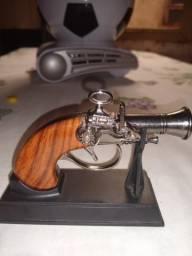 Isqueiro arma modelo f102