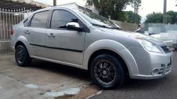 Ford Fiesta sedan 2008 1.0 8v Completo Prata Placa 1.0 super economico Flex - 2008