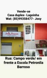 Casa duplex em Lagoinha