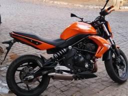 Moto 650cc barata - 2011