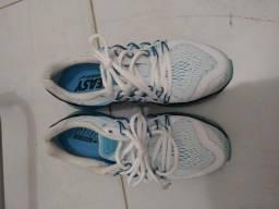 Tênis Nike Air Max run easy