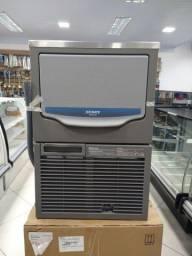 Máquina de fazer gelo em cubos 45kg por dia - * Irani