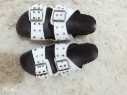 Vendo essa sandália semi nova