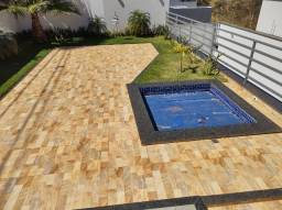 Vende-se ótima casa no bairro Novo Horizonte (divisa com o bairro Califórnia)