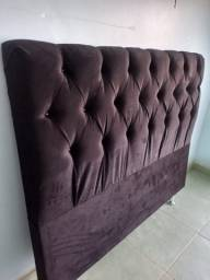 Cabeceira e baús de camas sobre encomenda