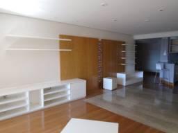 Apartamento a venda em Alphaville