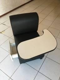 Título do anúncio: Cadeira de Manicure