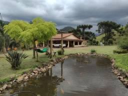 Lindo Sítio de 8,6 hectares no Centro de Delfim Moreira - Sul de Minas Gerais.