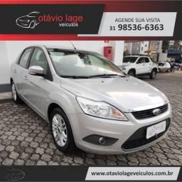 Título do anúncio: Ford Focus Sedan GLX 2.0 16V (Flex)