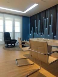 Sala mobiliada com 50 m² e banheiro interno no Jardins