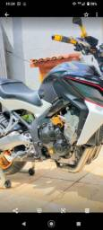Escapamento da Honda esportivo 650