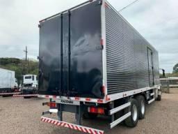 Título do anúncio: Iveco tector truk com baú