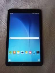 Tablet Samsung Galaxy Tab E T561M