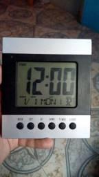 Relógio digital, retirar em Tatuquara.