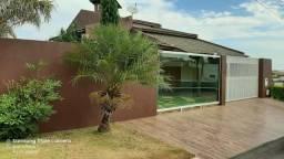 Casa maravilhosa no Condomínio Morada das Garças