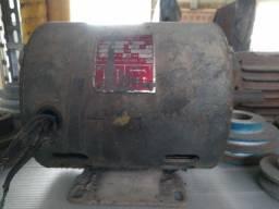 Motor Elétrico Weg 0,33 Cv Trifásico Usado