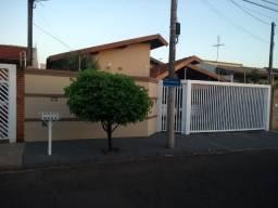 Casa próxima ao Jardim Bordon, 3 quartos, São José do Rio Preto-SP