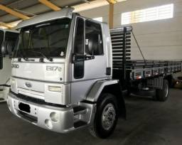 Ford Cargo 1317E 2011