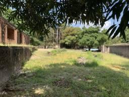 Terreno para galpões ou residência no Araçagi
