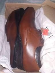 Vendo(sapato novo)